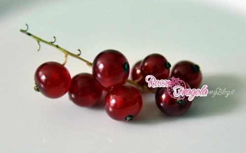 gelatina di ribes,ribes rossi,frutti di bosco,dolci,confetture,marmellate,gelatine di frutta,cucina,ricette,ricette con ribes rossi,rosso fragola